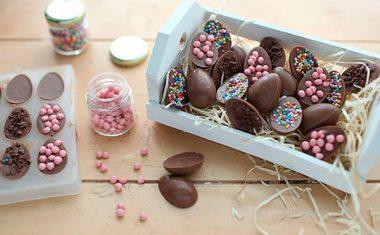 Páscoa LACASA com mini ovinhos de chocolate
